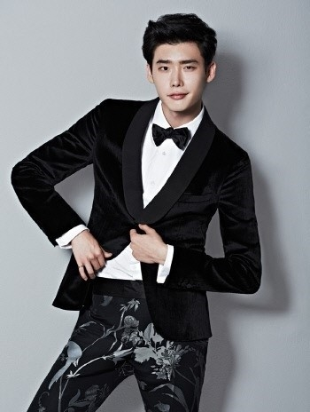 who-will-follow-in-model-lee-jong-suk-s-footsteps-possibly-jung-dong-hyun